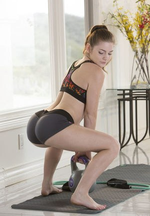 Fitness Ass Pics and Hot Sexy Asses Porn